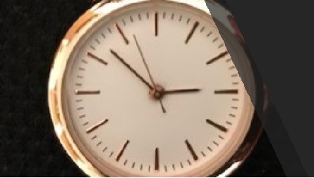 watch with second hand